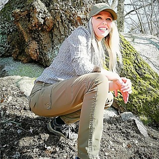 🌲-🐗 Dámské kalhoty Pinewood Serengeti 3790 + košile Trachten 3589 #leslovtrebic #myslivcuvobchod . . #pinewood #pinewoodclothing #pinewoodhunting #pinewoodoutdoors #forest #pinewoodoutdoor_official #huntinglife #huntinglifestyle #huntinggirl #oxota #caccia #caza #ohota #hunt #jagd #polovnictvo #polovnik #hunting #huntingbeauty #mysliveckeobleceni #kosile